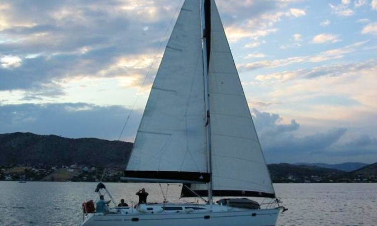 Cruising Monohull rental in Salamina