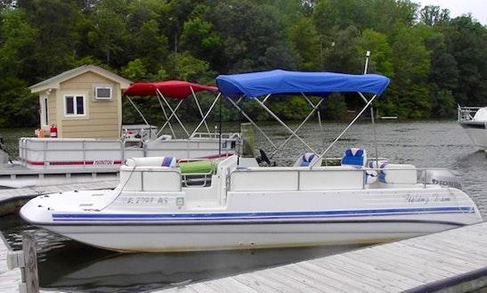 22' Prosport Deck Boat Rental In Moneta