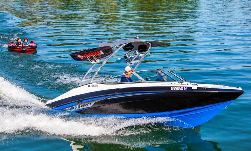 Rent a 2017 Yamaha jet boat enjoy Miami Beach