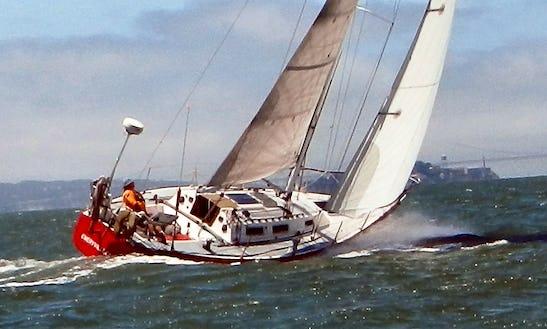 Cruising Monohull Skippered Charter In Emeryville