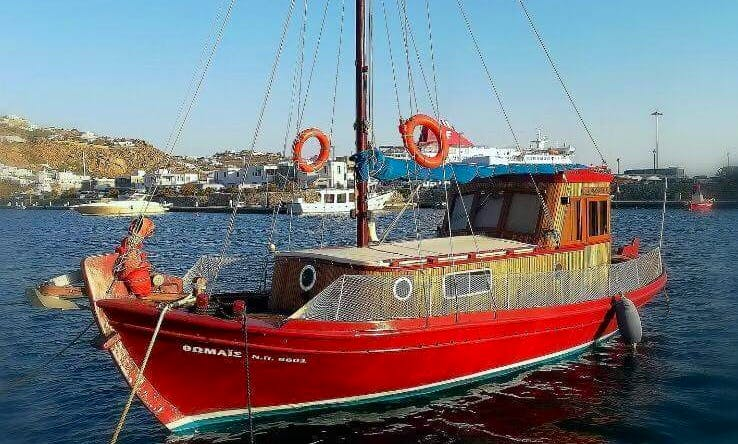 Mykonos Traditional Boat Tours with Michalis