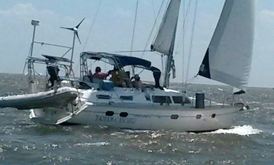 Charter This 42ft Hunter Passage Sailboat In Edgewater, Maryland