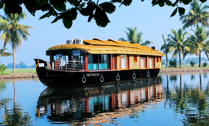 One of the best Houseboats you can rent in Alappuzha