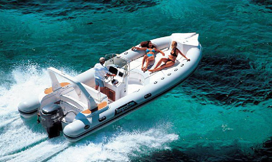 Charter 26' Capelli Tempest Rigid Inflatable Boat in Cefalù, Italy