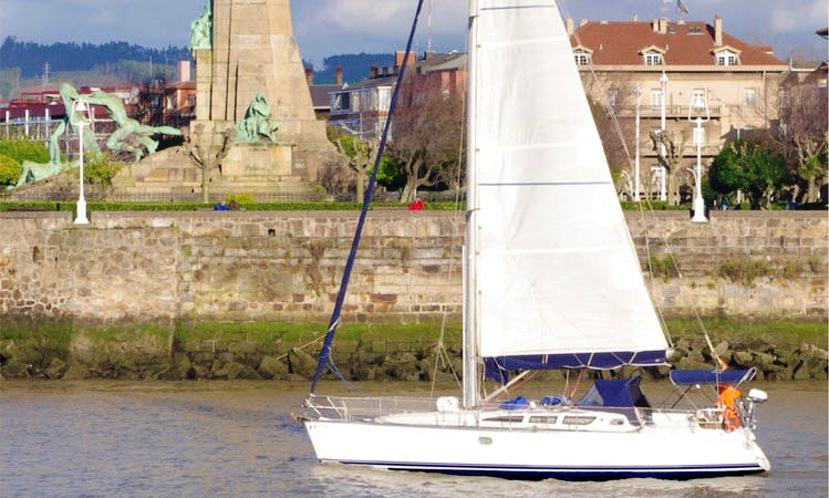 40' Jeanneau Sun Odyssey Sailboat in Getxo, Spain