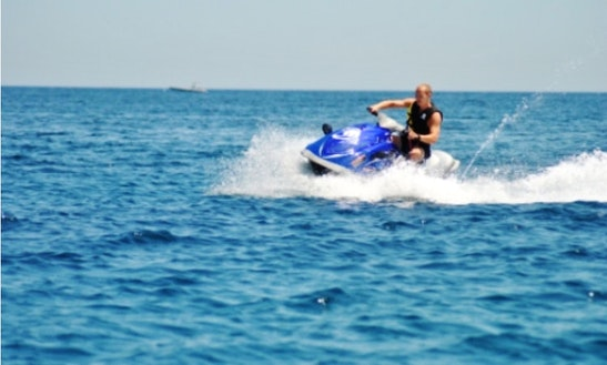 Hire A Yamaha Jet Ski For 2 Super Gorgeous Person In San Pawl Il-baħar