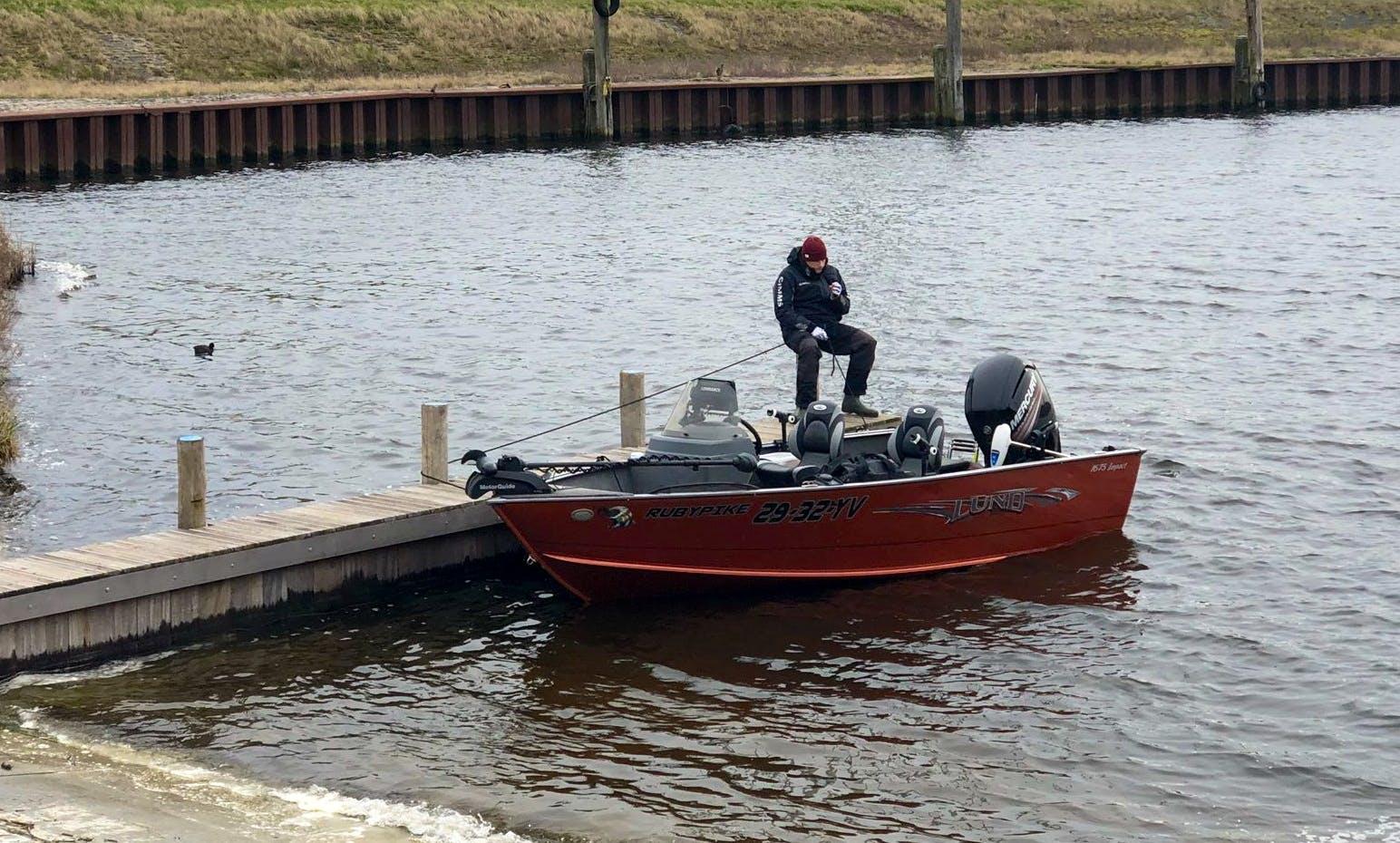 Enjoy Fishing in the Netherlands (Volkerak, Haringvliet, Hollands Diep, Veluwemeer) on the RubyPike : Lund Impact SS 1675 BassBoat