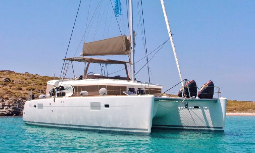 Charter 45' New Horizons Power Catamaran in Alimos, Greece