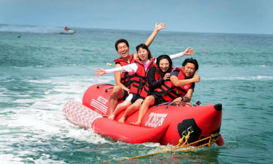 Enjoy Banana Boat Rides In Ko Samui, Thailand