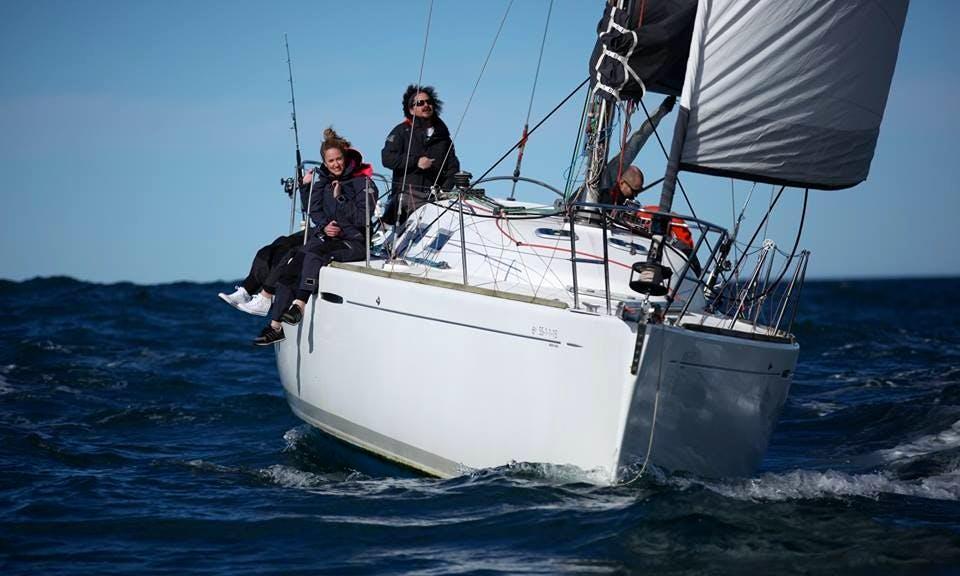 Sailing Charter On 40' Cruising Monohull In Donostia, Spain