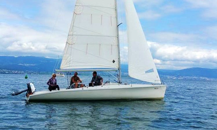 Rent 27' Joker Daysailer in Estavayer-le-Lac, Switzerland