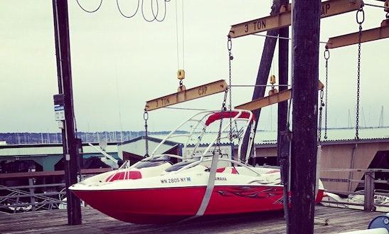 21' Yamaha Ar210 Wake Boat Rental In Bellevue, Washington