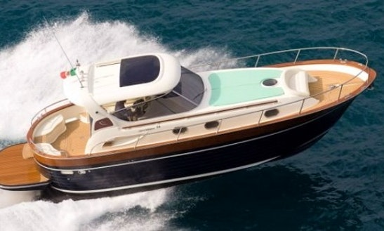 Charter 38' Apreamare Motor Yacht In Capri, Italy