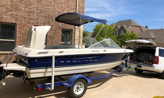 Bayliner Discovery 195 Chartered Lake Lewisville