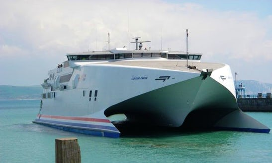 Get Ready For An Exciting Ferry Cruise In Poole, England!
