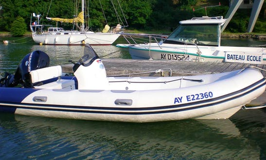 Valiant 525 Sport Rib Rental In Bono