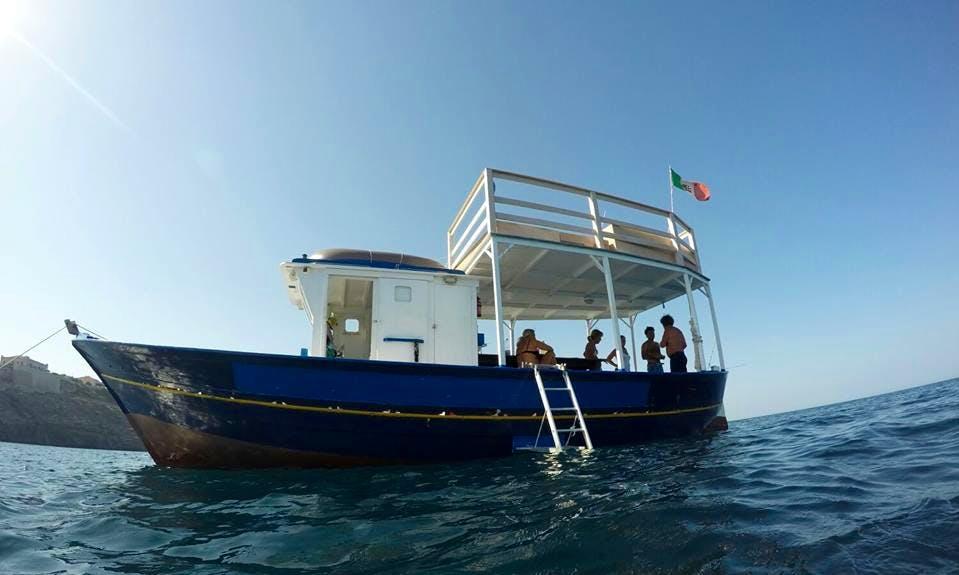 Charter M/B Leone Trawler in Marzamemi, Italy