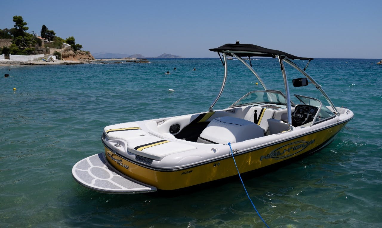 Rent a wake boat in Nisi, Greece