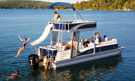 18-seater Avalon Funseeker Double Decker On Kampoos Lake, Bc