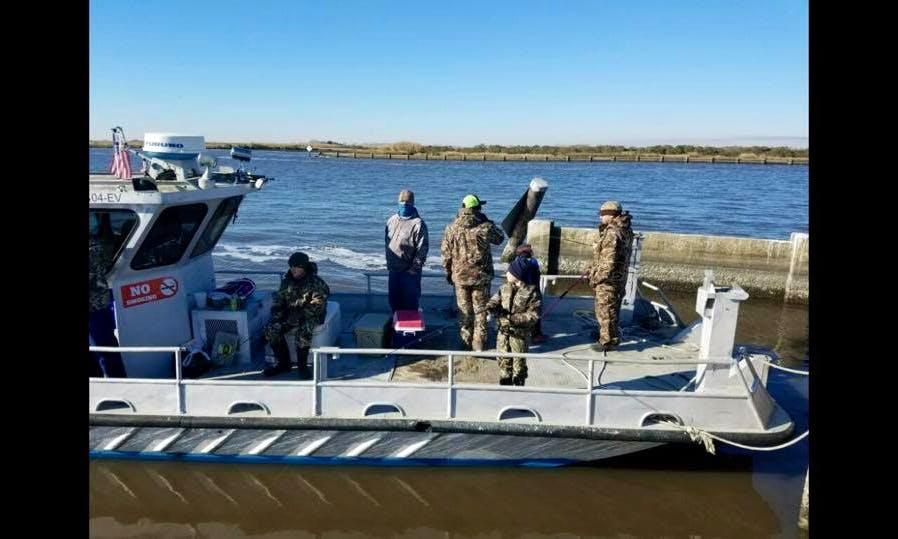 Deck Boat Fishing Charter in Lafitte, La