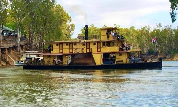 Paddlesteamer Daily to Overnight Cruises on Murray River in Echuca, Australia