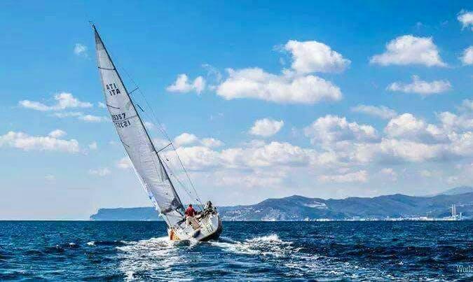 Charter 37' Hanse Cruising Monohull in Varazze, Italy
