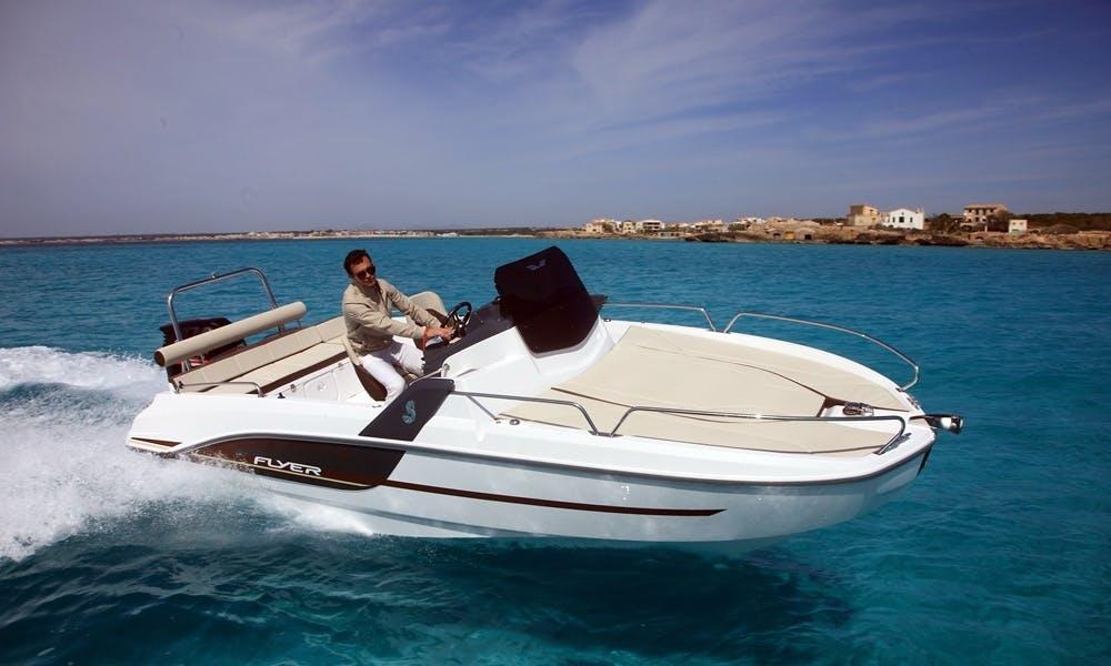 """""""BOWIE"""" Beneteau Flyer 6.6 Sundeck rental in Eivissa"""