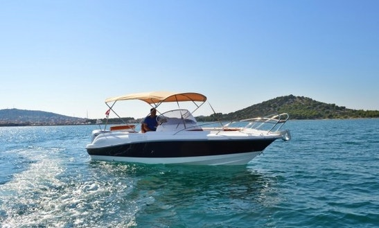 Charter 23' Marion 730 Sport Center Console In Betina, Croatia