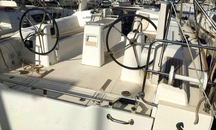 Charter 38' Oceanis - Galatea Cruising Monohull in Palermo, Italy