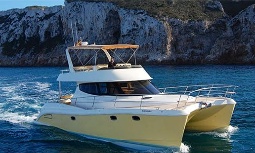 Charter 43' Flash Catamaran In Dénia, Spain