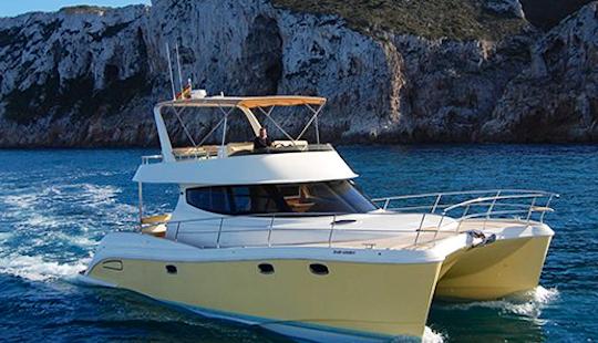 Charter 43' Flash Catamaran In Dénia, Spain