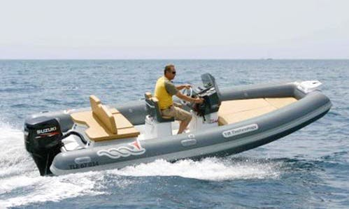 Charter 18' MV Marine 18 Tech-40 cv Rigid Inflatable Boat in Salerno, Italy