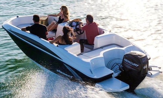 Explore Lake Washington And Lake Union On 16' Bayliner Element Bowrider