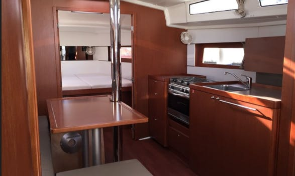 Charter 38' Oceanis 381 Cruising Monohull in Messina, Italy