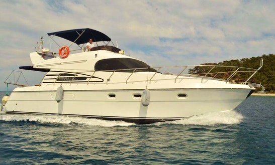Motor Yacht Rental In Kemer Antalya 55ft.