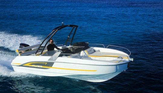 Charter Beneteau Flyer 7.7 Sportdeck - Shakir Star Bowrider In Portocolom, Spain