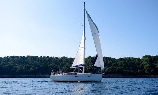 Charter 40' Oceanis - Comet Cruising Monohull In Komolac, Croatia