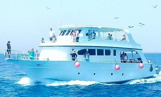 Charter Faris Motor Yacht In Red Sea Governorate, Egypt
