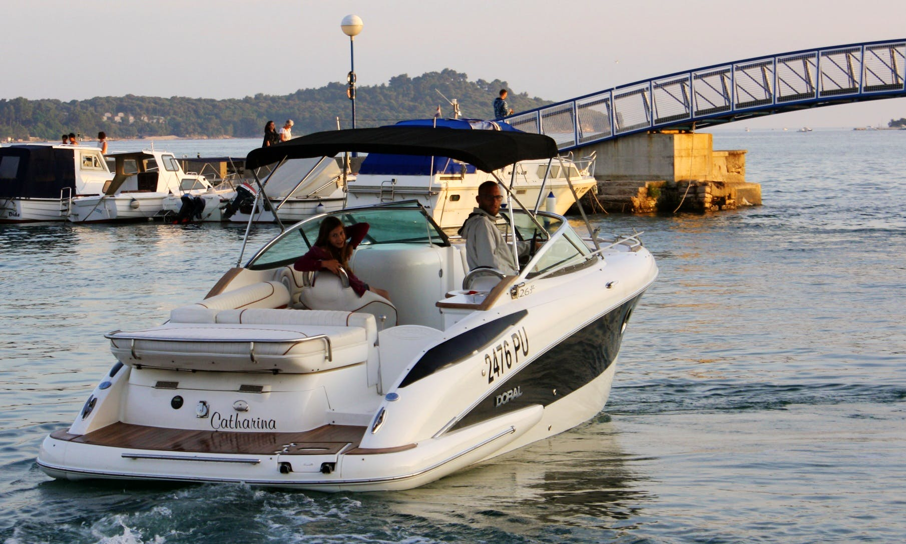 Speed Boat Rental Pula - Doral 265 BR ELITE