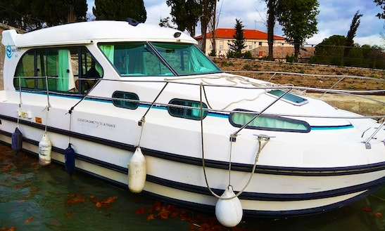 Canal Boat Rental In Agde