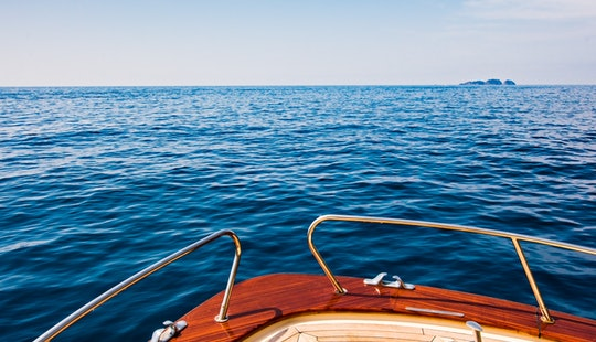 Sea Living Amazing Night On Board In Positano