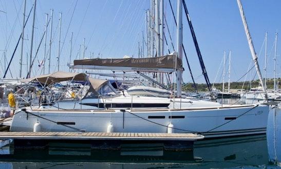 Jenneau Sun Odyssey 409 (2012) 3 Cabins Cruiser @ Samui Area