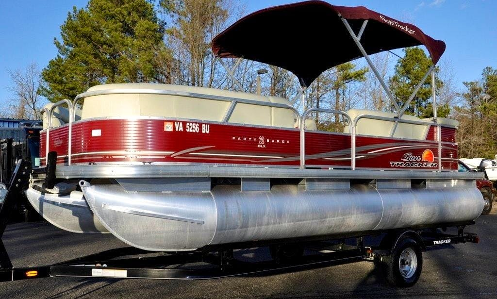 22 ft Suntracker Party Barge in Peoria AZ