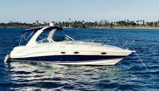 Beautiful 37' Four Winns Vista Cruiser Yacht