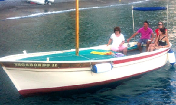 Wooden Gozzo Without Captain for 6 people in Positano to explore the Amalfi Coast
