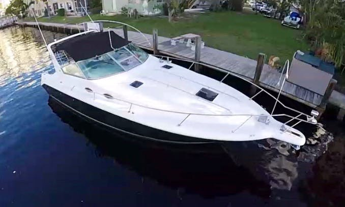 33' Sea Ray Express Cruiser in Fort Lauderdale, Florida