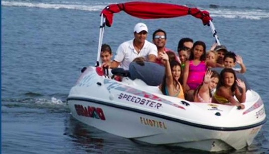Have Fun With Your Friends And Family On This 18' Sea Doo Bowrider Charter In Cancún, Mexico
