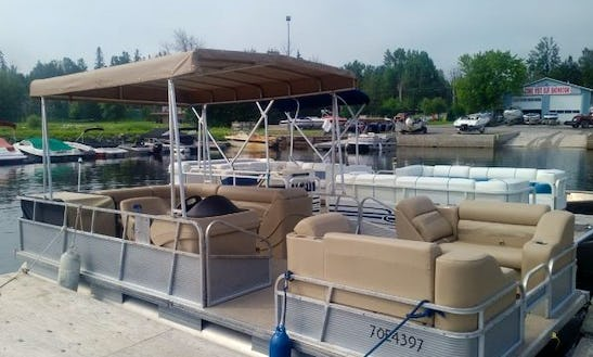 Rent 20' Princecraft Pontoon For 8 Person In Dunrobin, Ontario
