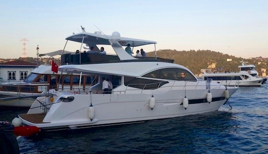Splendid Motor Yacht Private Charter In İstanbul, Turkey For 20 Pax