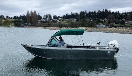 Family Fun Trip In Friday Harbor Aboard 20' Alumaweld Stryker